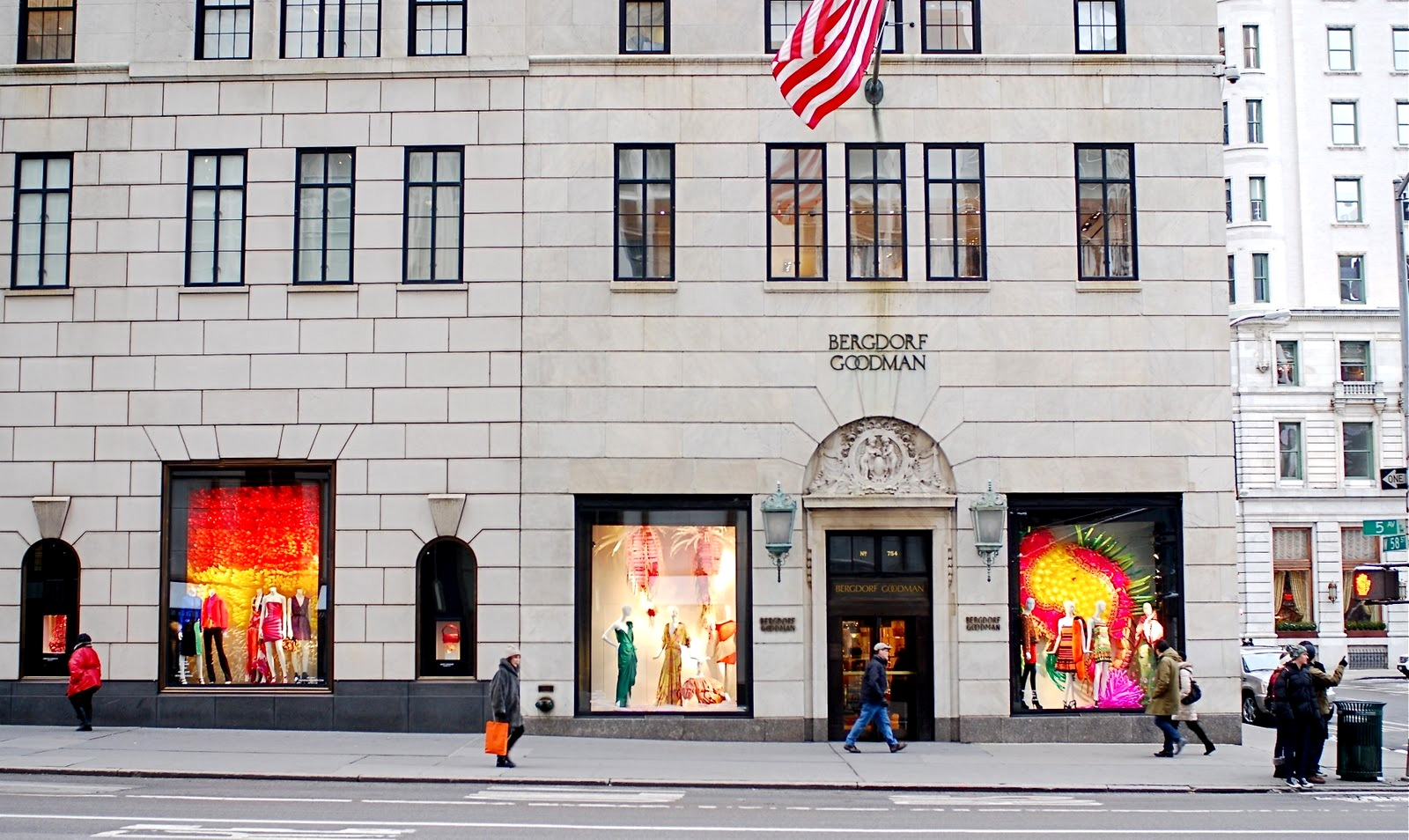 Bergdorf Goodman: complete list of store locations, store hours and holiday hours in all states4/4(50).